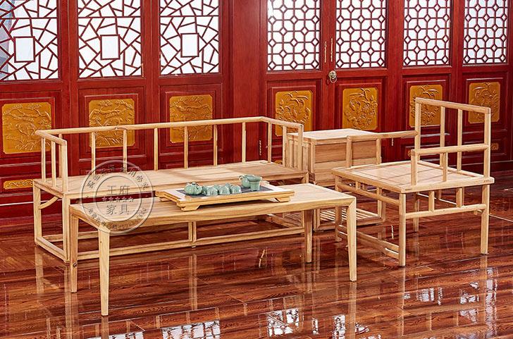 香河榆木中式家具免漆沙发,此款沙发包括:三人位1个、单位人1个、小茶几1个、大茶几1个精细做工,整体造型简单优美大气,有着简单、祥和、健康之意。此款百福老榆木原木本色健康环保,是家庭、公共区域的首选绿色产品,香河榆木中式家具免漆沙发咨询热线:400-8345-900