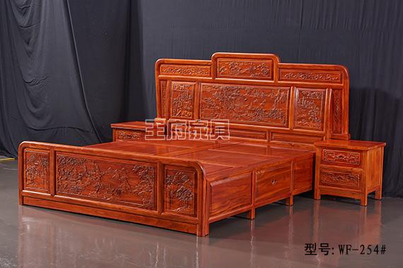 香河榆木中式家具双人床批发,整体造型简单优美大气,西番莲纹的寓意,表示连绵不绝,也有对官员清正廉洁、妇女洁身自好的赞誉之意。带给家人一个安全的环境,带给自己一份放心选择,此款双人床健康环保,均采北京首邦绿色环保漆,是家庭、会所的首选绿色产品,香河榆木中式家具双人床批发咨询热线:400-8345-900